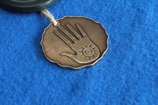 Медальон из коллекционного издания Меч и Магия. Герои VI