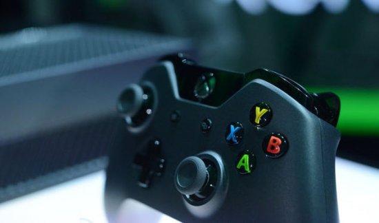 Стала известна официальная цена на Xbox One в России