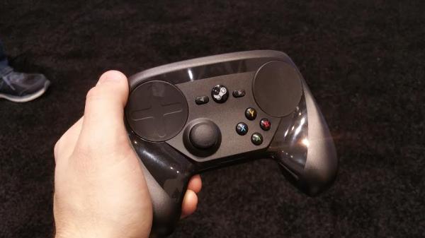 Valve показали финальную версию Steam Controller'а